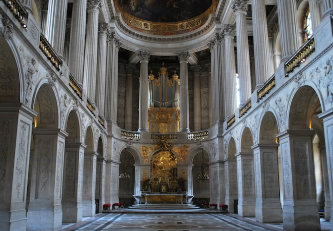 The chapel inside the Palace of Versailles